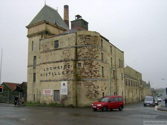 LochsideDist2004